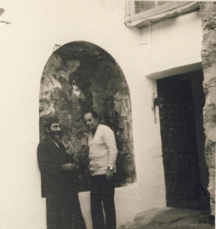 Φοτογραφία του Μηνά Δημάκη σε μοναστήρι, τηνπαραχώρησε η κ.