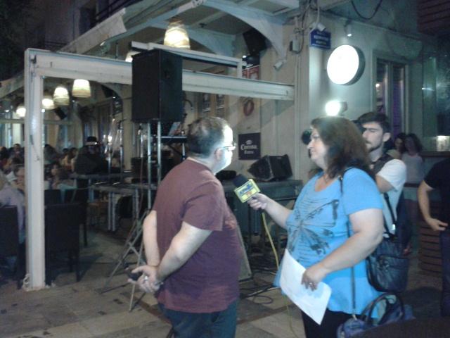 Ο Θάνος Μικρούτσικος μιλάει στην ΤΒ πριν την παράσταση