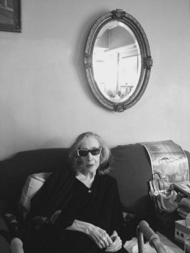 Λούλα Αναγνωστακη(«Έζησα ωραία ζωή. Αλλά δεν το ήξερα»: Η τελευταία συνέντευξη της Λούλας Αναγνωστάκη H σπουδαία θεατρική συγγραφέας που πέθανε σήμερα σε μια εξομολογητική συνέντευξη για τη ζωή τον έρωτα και το έργο της 8.10.2017 | 14:23 AΠΟ ΤΟΝ ΓΙΑΝΝΗ ΧΑΤΖΗΓΕΩΡΓΙΟΥ Πηγή: www.lifo.gr