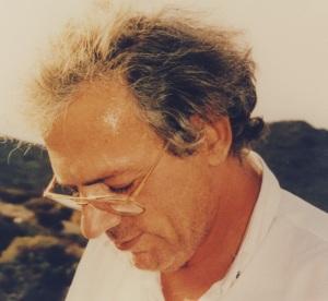 Νίκος Γιανναδάκης, από την αντίσταση στη Δικτατορία, στο κέντρο της πνευματικ΄ςη ζωής της Κρήτης για πολλά χρόνια(Έφορος της Βικελαίας Βιβλιοθήκης)