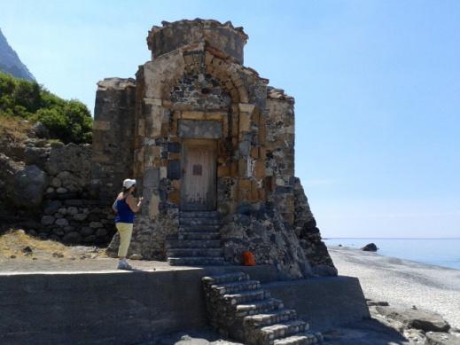 Ο περίφημος ναός του Αγίο Παύλου, κτίστηκε από το Άγιο Ιωάννη τον Ξένο στον 11ο-12 οαι΄ώνα.
