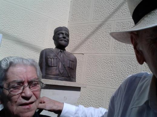 Στην εκδήλωση γαι την αποκάλυψη του αδριάντα του Παπαγιαννη Σκουλά στα Ανώγεια