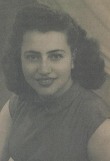 Νεανική φωτογραφία τη Ελένης Πλαγιωτάκη - πριν το νεο επώνυμο