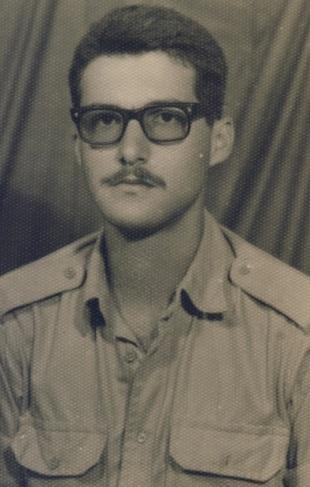 Σίφης Καμάρης 1967, εγκαταλείπει τον στρατό και την Ελλάδα...