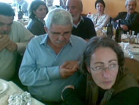 Αριστερά η Αρετή, δίπλα της Μανόλη Βασιλάκης και Γιώργος Γαλενιανός