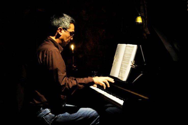Δημήτρης Σφακιανάκης, μουσικός με ευρύτατη παιδεία
