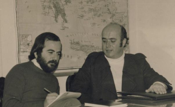 Ξεξιά Νίκος Πετράκης, τοπογράφος - Δήμαρχος Σητείας κάποτε