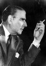Καίσαρ Εμμανουήλ, ποιητής, 1902-1970