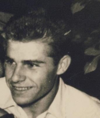 Βάνιας Γιγουρτσής, νεανική φωτογραφία, αρχείο ΑΛΚΜΑΝ