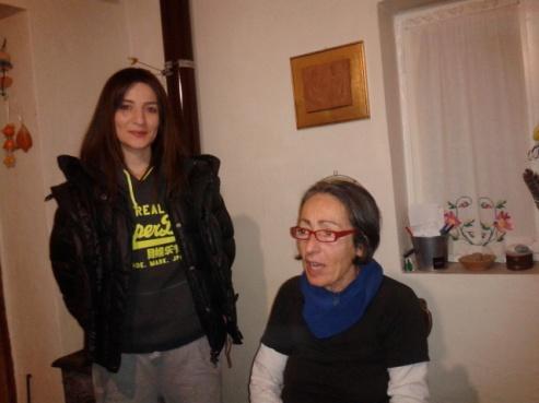 Η κ.Αρετή Μεθυμάκη και η κόρη της Ειρήνη - φωτογρ. αlkman.gr 29.1.14