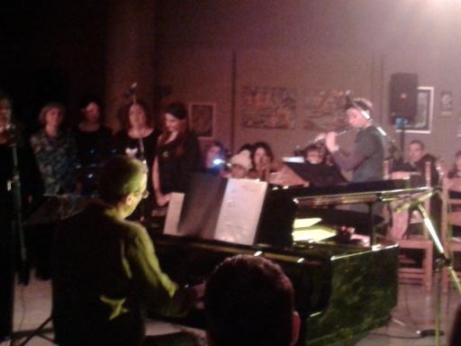 Στο πιάνο ο Δ.Σφακιανάκης, στο φλάουτο η Λία Μπαμπαλετάκη  -εκδήλωση 15.12.2013